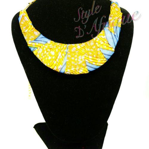 collier et bracelet wax africain ankara. boucles d'oreilles pendantes wax tissu ankara. boucles d'oreilles créoles femme wax africain ethnique. bijoux wax femme africaine, bijoux fantaisie, breloque africaine, bijoux ethniques, bijoux bohème, bijoux traditionnel chic