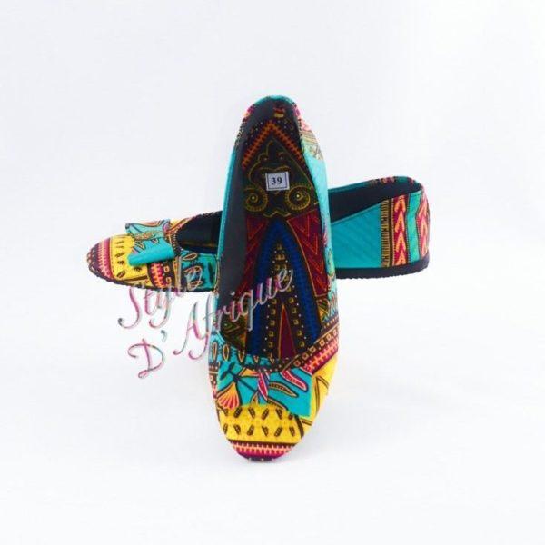 ballerine DASHIKI africain ethnique motifs tribal.ballerine wax africain ethnique. ballerine wax africain ethnique chaussure traditionnelle africaine sandale africaine femme sandale africaine plastique bijoux africains traditionnels sandale africaine samara chaussure traditionnelle africaine sandales africaine femme ballerines wax chaussure wax sandale africaine tongs africaine sandale massaï chaussure talon wax chaussure traditionnelle africaine