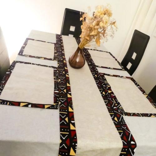 chemin de table de décoration wax pour la maison.