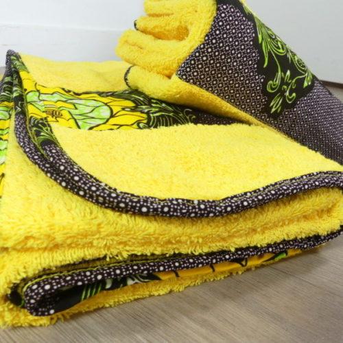drap de bain ou serviettes en tissu wax africain ethnique, drap de plage, serviette de plage, drap pour l'été, serviette d'été, vêtement d'été