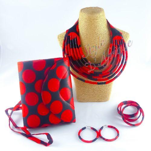 ensemble sac à main pochette wax et bijoux ankara africain ethnique. ras de cou wax africain. collier ras de cou wax africain ethnique. bijoux collier wax femme africaine, bijoux fantaisie, breloque africaine, bijoux ethniques, collier bohème, collier traditionnel chic